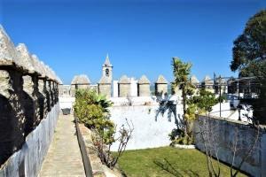 castillo castle walls vejer de la frontera pueblo blanco white village Cadiz Explore la Tierra