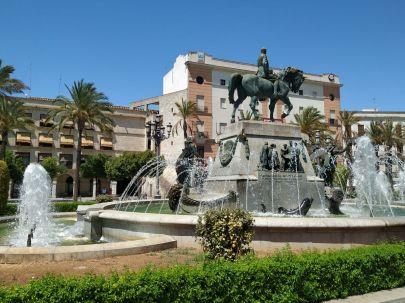 Day tour Jerez de la Frontera Explore la Tierra walking tour, Plaza del Arenal