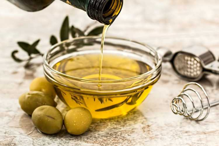 What is olive oil and olive oil tours Cadiz Explore la Tierra