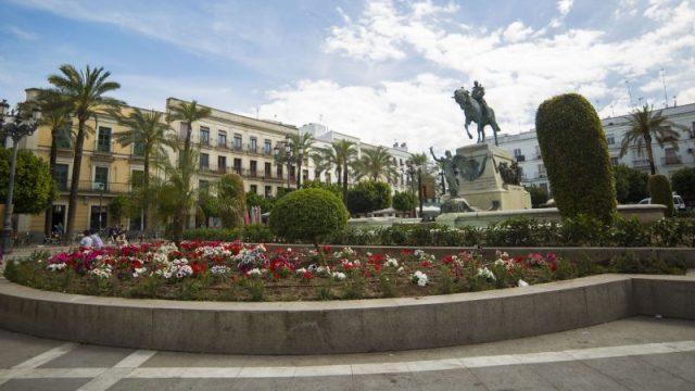 Plaza del arenal oficina de turismo what to do in Jerez de la Frontera Explore la Tierra Andalusian horses dancing