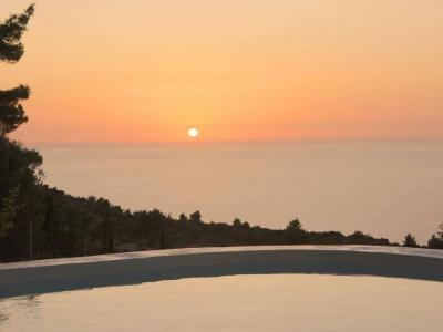 explore-lefkada-eco-friendly-villas-08