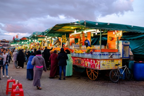Freshly pressed juices can be bought at numerous locations in the Djemaa el-Fnaa square.