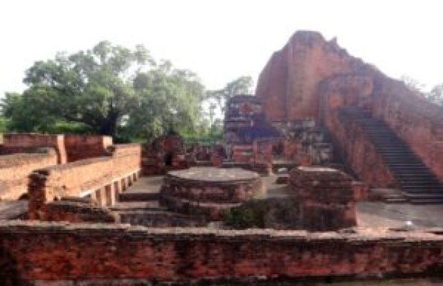 ancient temples at nalanda Bihar