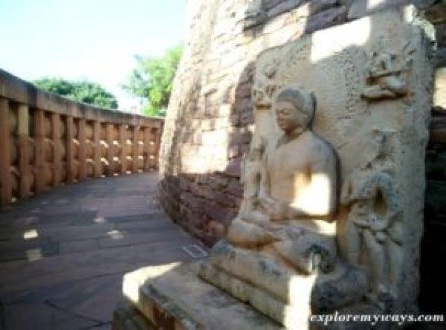 Buddha sculpture of Gautam Buddha