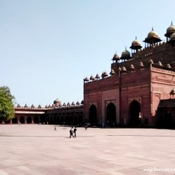 Travel guide to Fatehpur Sikri