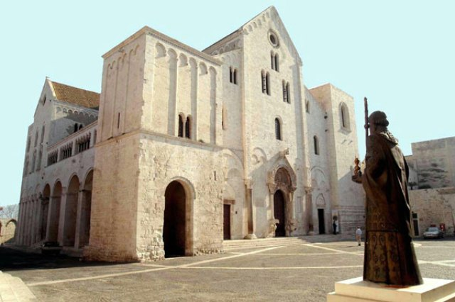 Historicalstreet of Bari