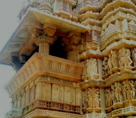 Travel guide to Khajuraho temples