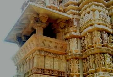 Travel guide to Khajuraho temples