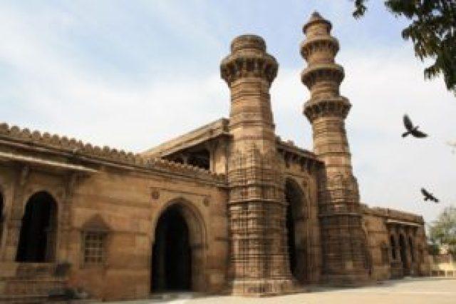 Jhulta minar Ahmedabad heritage city