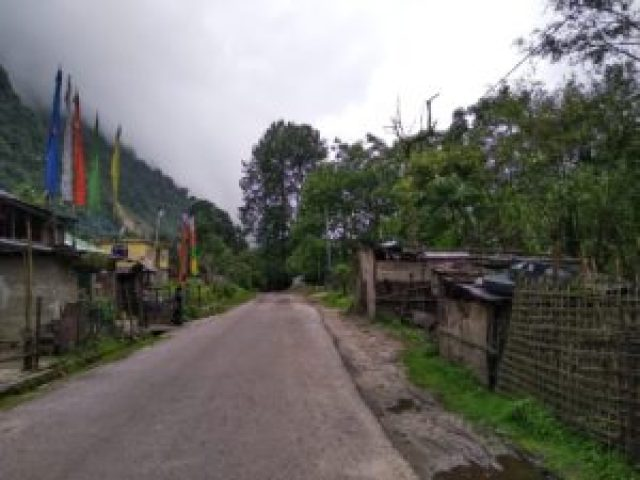 Road from Chungthank to Lachen