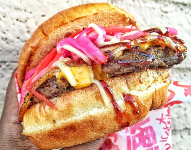 Buta burger. (Photo by Vegasfoodbaron)