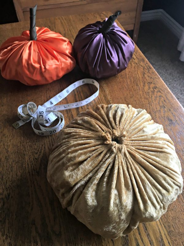 Easy DIY Pumpkin decor - no stem