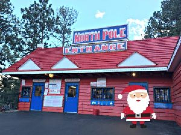 Tips For Visiting Santa's Workshop Colorado entrance