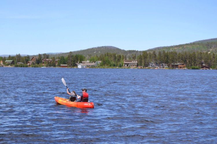 Kayaking on Grand Lake, Colorado #grandlake #coloradotravel