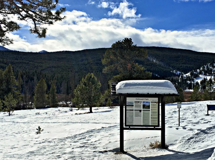Hollowell Park in Rocky Mountain National Park is perfect for snowshoeing in winter. #familytravel #rockymountainnationalpark