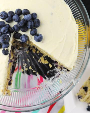 Delicious Low carb lemon blueberry cream cake is the perfect gluten-free sugar-free cake for a keto diet. #ketocake #lowcarbcake