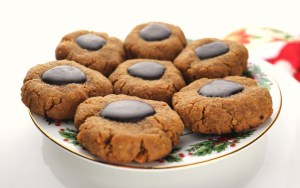 Thumbprint keto peanut butter cookies are fabulous for low carb snacks during the holidays. Stick to your keto diet with these chocolate peanut butter delights. Gluten-free, sugar-free, yum! #ketodiet #ketorecipes