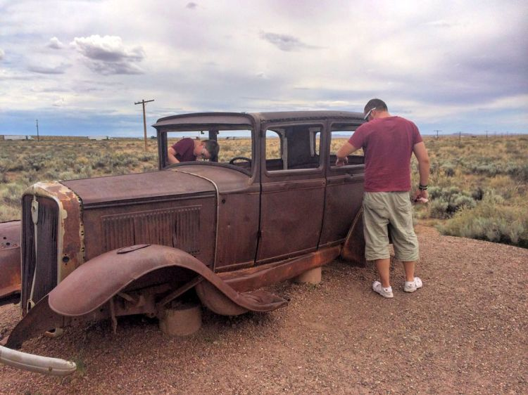 Petrified Forest National Park, Arizona old car #petrifiedforestnationalpark #familiesexplore