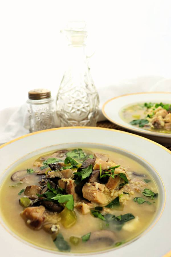 Healthy low carb chicken mushroom soup is the perfect wintry feel-good dinner recipe. #ketosoup #lowcarbsoup #chickensoup