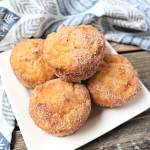 Keto Snickerdoodles, muffins are the perfect breakfast or low carb treat. Sugar-free and gluten-free and ideal to freeze and get out as needed for your keto diet. #ketobreakfast #lowcarbmuffins