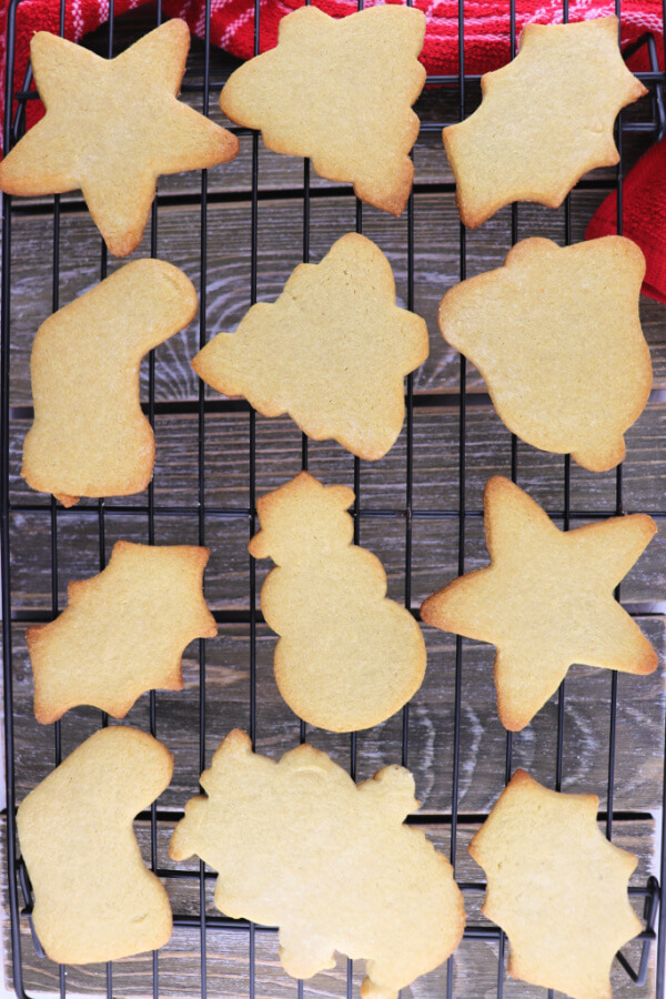 Keto cut out sugar cookies can be made into any low carb shape and topped with sugar-free icing. #ketocookies #glutenfreecookies