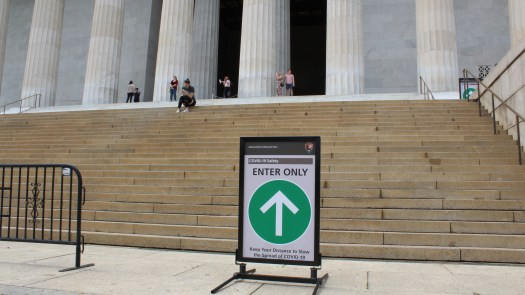 COVID-19 sign at the Lincoln Memorial - 4-29-2020