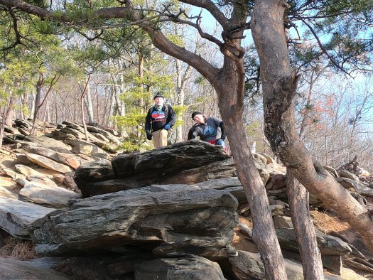 Dave and Lenny at Weverton Cliffs - 12-27-2020