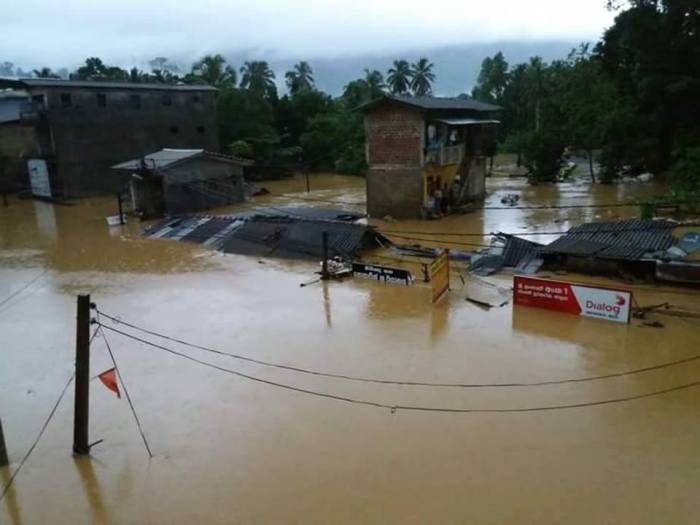 Sri Lanka flood - Morawaka