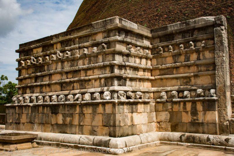 Vahalkada of Abhayagiri Stupa