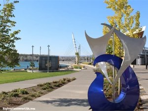 Entrance to Waterfront Park
