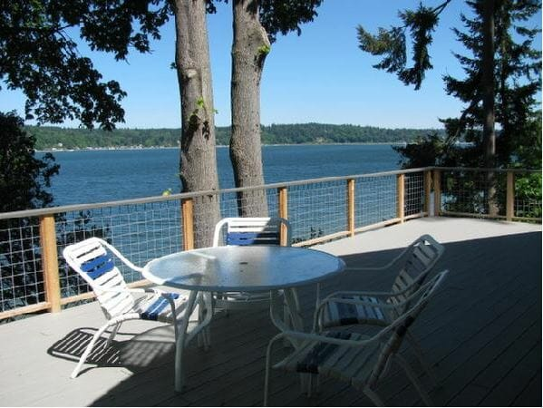 Vashon Island Vacation Rental: Fisher Cabin