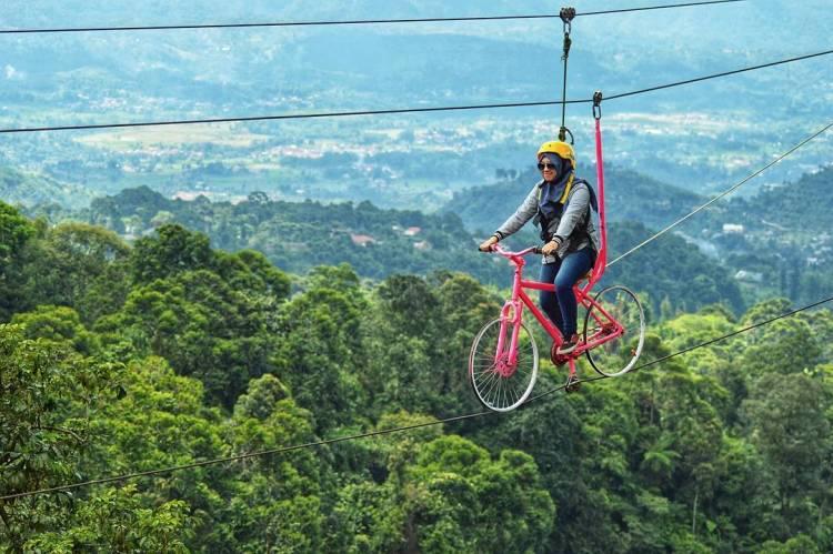 Tempat wisata di Bogor: Ranggon Hills.