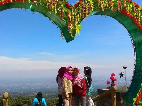 wisata alam puncak bogor kota bogor jawa barat Rute Dan Lokasi Kampung Salaka Ciapus Bogor