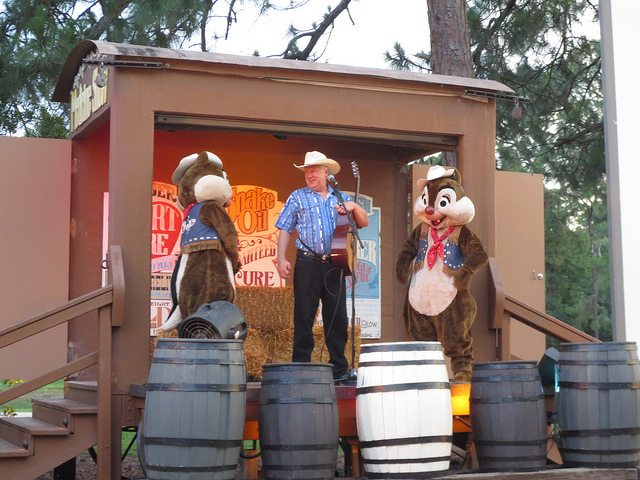 Campfire Sing-a-long with Chip and Dale at Disney's Fort Wilderness Resort