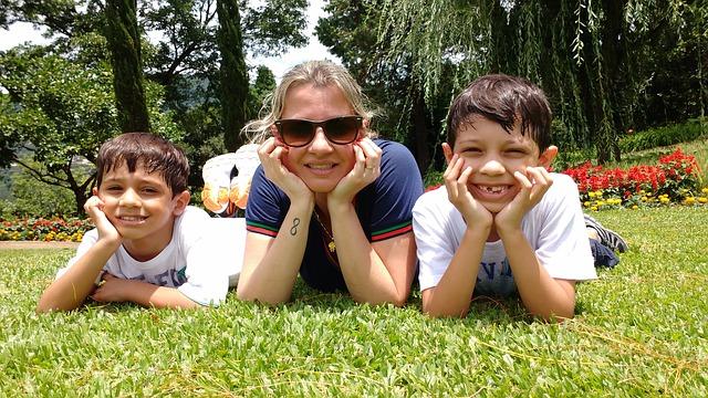 family-2149453_640.jpg