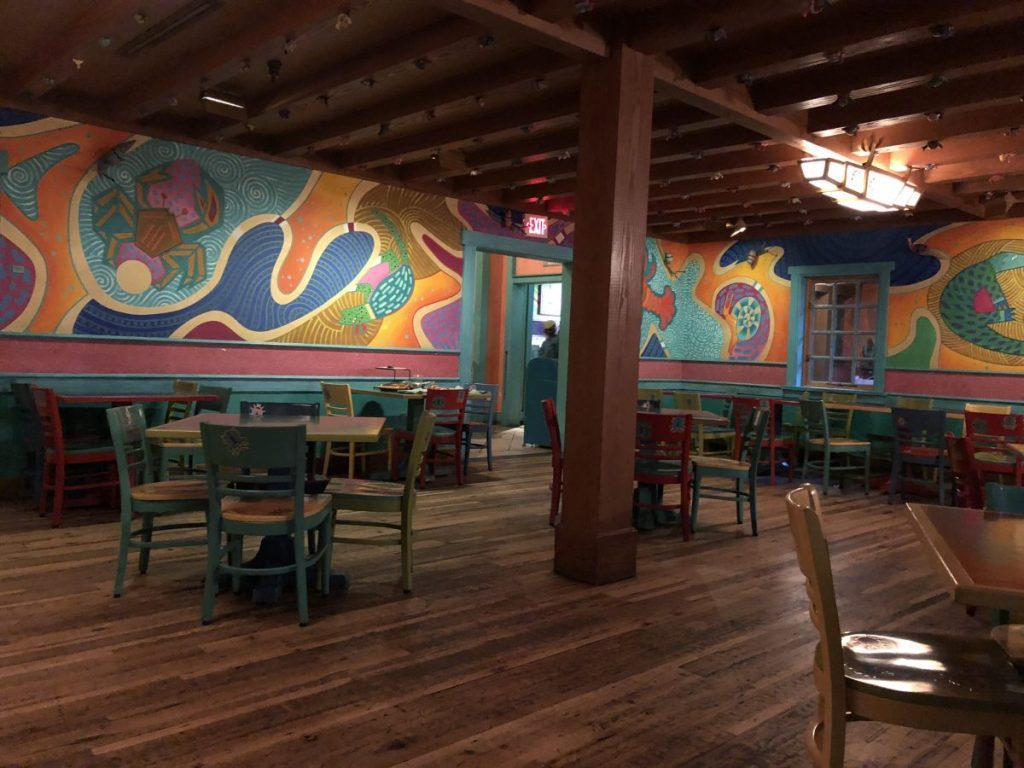Empty dining area in Pizzafari in Animal Kingdom