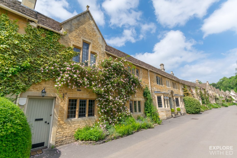 Cottages to stay in Castle Combe