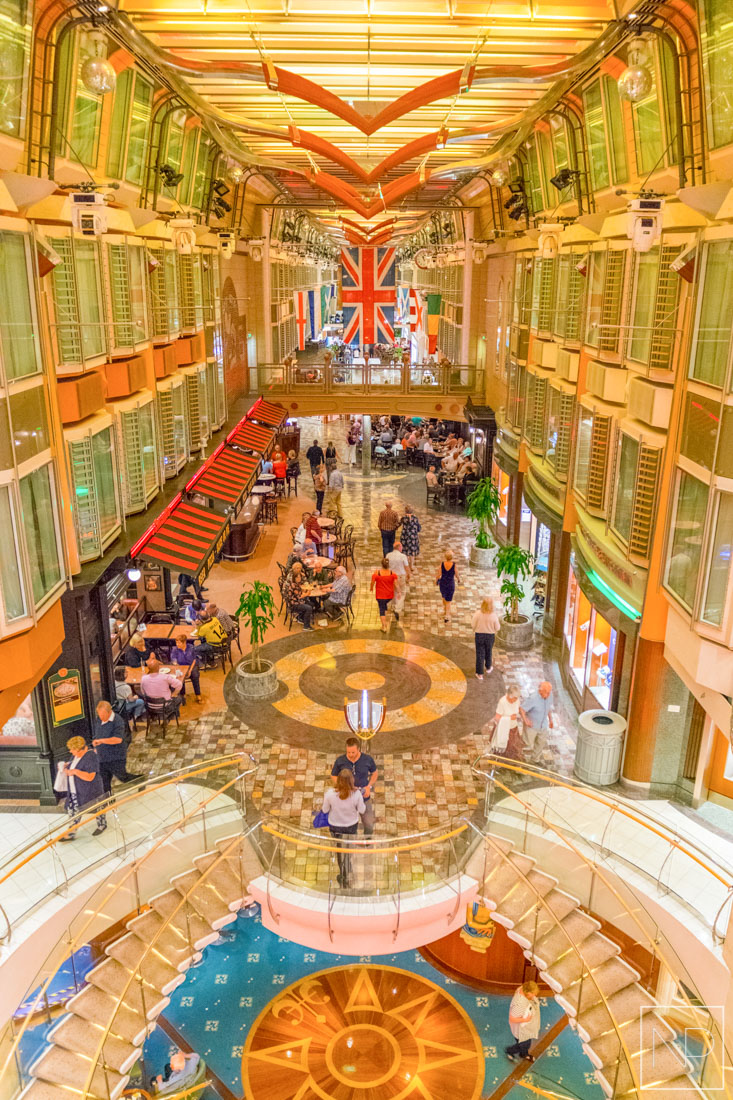Royal Promenade on Independence of the Seas