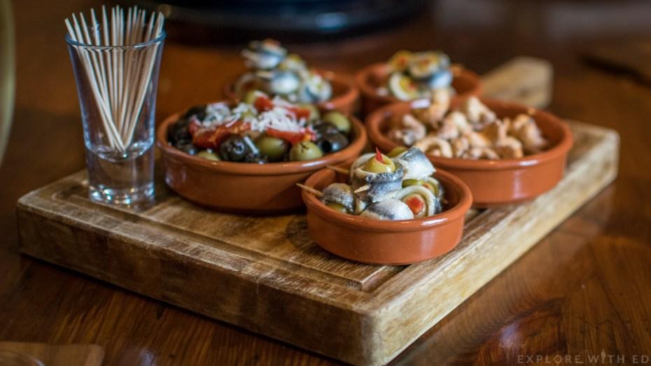 Newbridge on Usk, olives, nuts