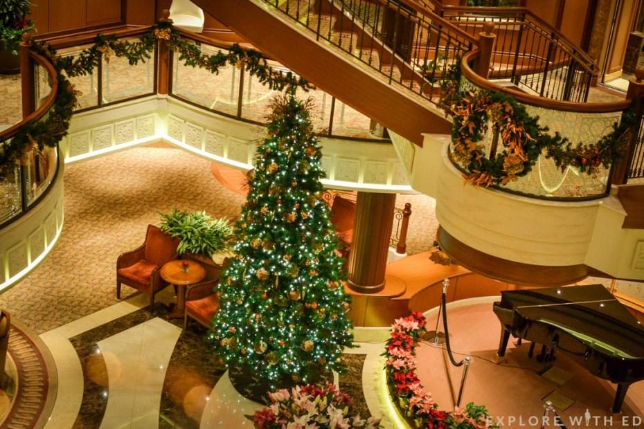 Cunard Queen Elizabeth Grand Lobby
