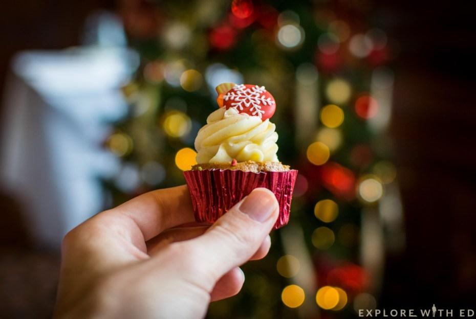 Cinnamon carrot cupcake, christmas