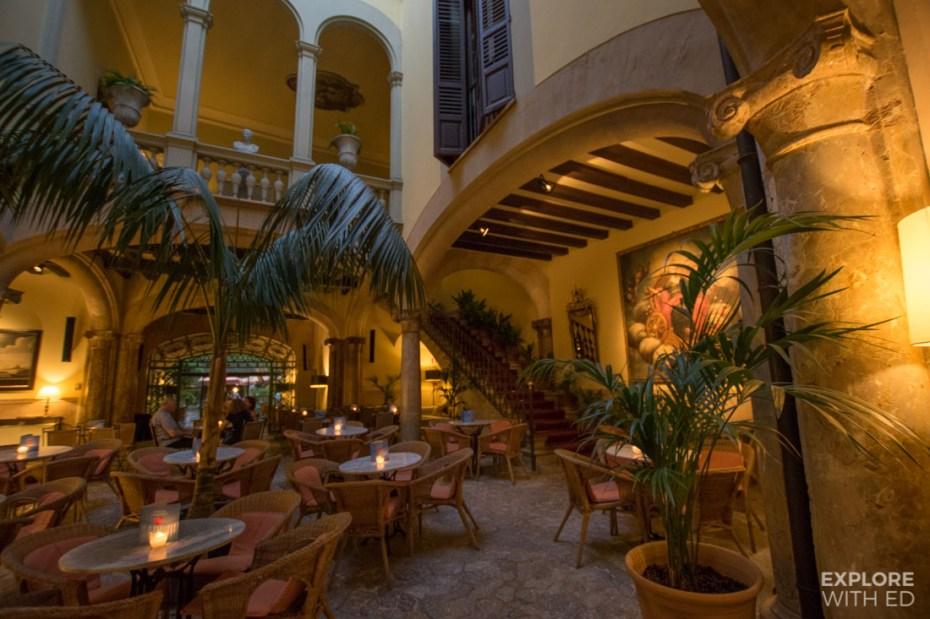 Cappuccino Grand Cafe in Palma de Mallorca