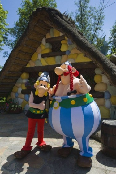 Amusement-Park-Asterix-4-600x900
