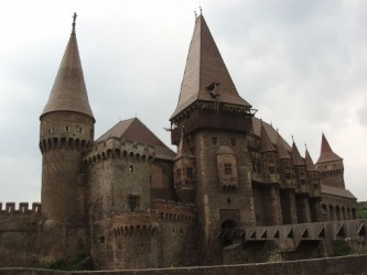 castle hunyad castles transylvania dracula gothic romania vlad exterior cernavoda iii architecture europe impaler corvin history transilvania game terrifying appearance