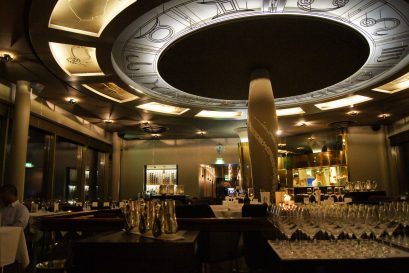 Radisson Blu Saga hotel review restaurant Grilled Grillið