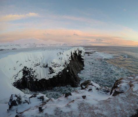 Snæfellsnes Peninsula Moonwalker Tours Iceland Svalpufa-Pufubjarg (Snaefellsjoekull National Park) Djúpalónssandur