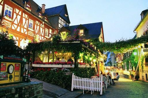 drosselgasse_ruedesheim_germany