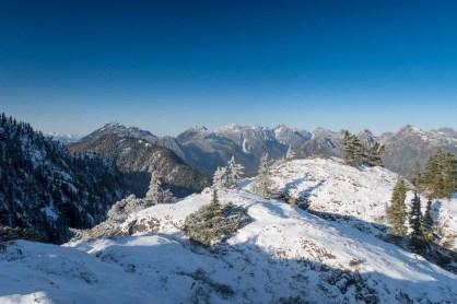 The ridge to Genesis Mountain