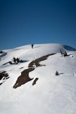 Rick ambling along the fine summit ridge on Mounta Adder