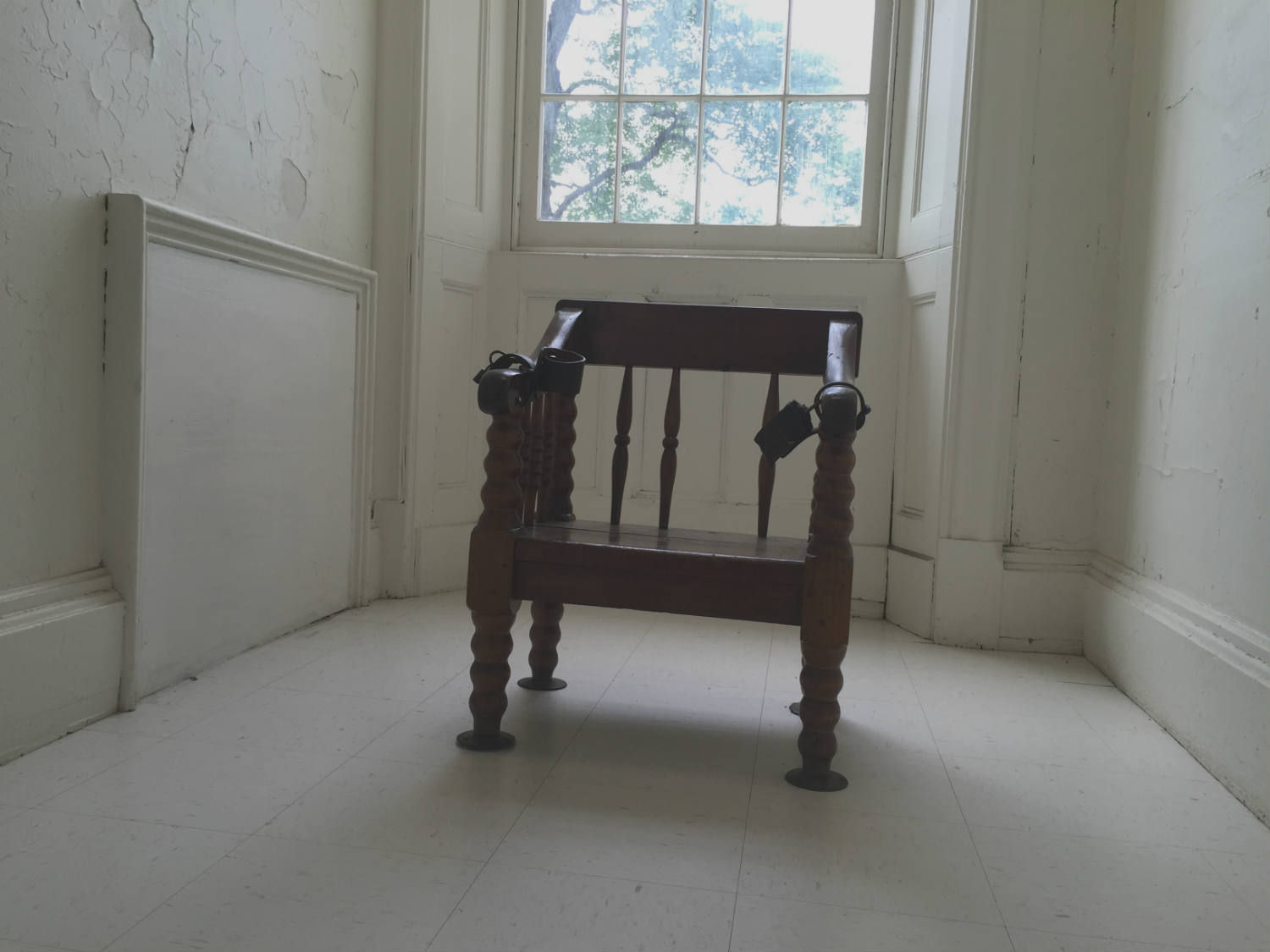 Psychiatrist Chair A Look Inside The Former 39new York State Lunatic Asylum At